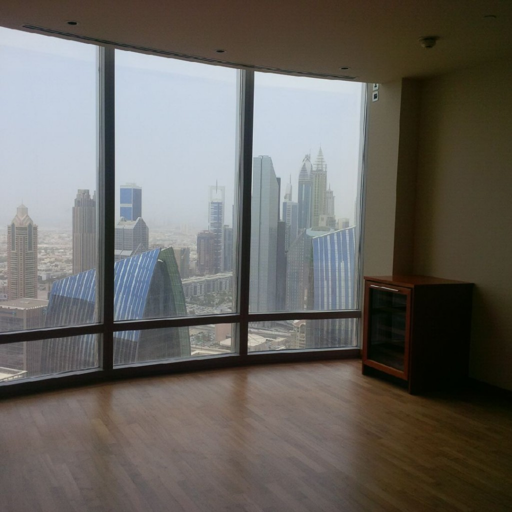 Super Luxury 1 Bedroom Apartment In Burj Khalifa For Rent