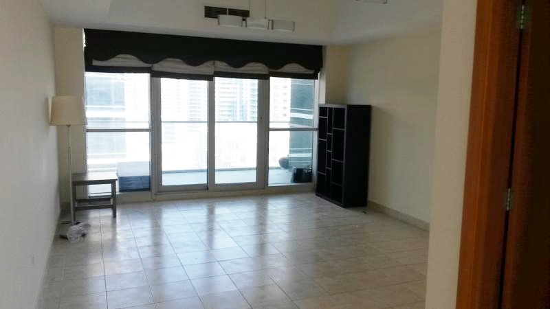 Beautiful Studio Apartment In Marina View Towers For Sale